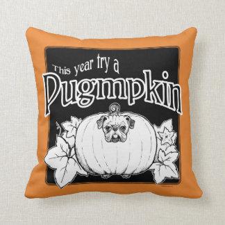 ¡Intente un Pugmpkin! Almohada de tiro