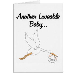 Invitación adorable del nacimiento de los bebés felicitación