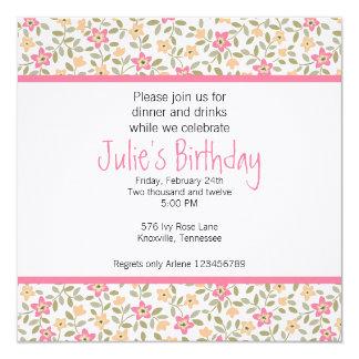 Invitación adulta floral caprichosa del cumpleaños