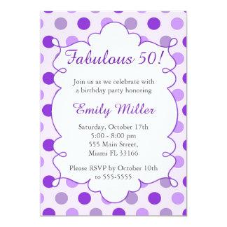 Invitación adulta púrpura del cumpleaños de los