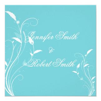 Invitación afiligranada floral azul del boda de la