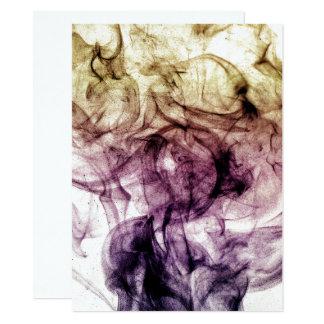 Invitación ahumada púrpura hermosa del polvo de