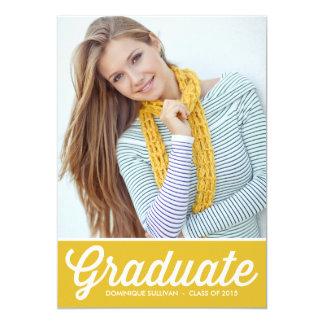 Invitación amarilla retra de la graduación de la