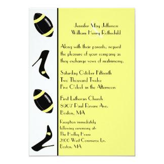 Invitación amarilla y negra del boda del fútbol