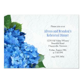 Invitación azul brillante de la cena del ensayo