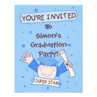 Invitación azul de la graduación de la guardería
