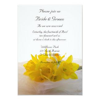 Invitación blanca del boda de la primavera de los