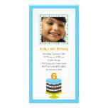 Invitación bonita de la fiesta de cumpleaños de la tarjeta con foto personalizada