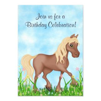 Invitación bonita del cumpleaños del caballo y de