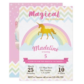 Invitación chispeante del cumpleaños del unicornio