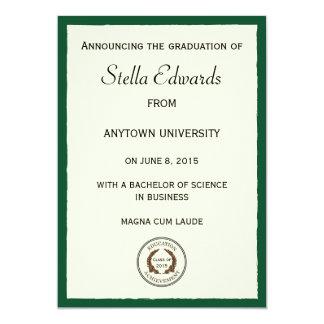 Invitación clásica verde de la graduación