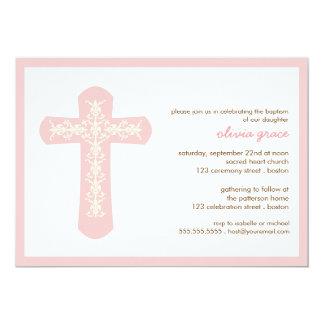 Invitación cruzada rosada dulce del bautizo del