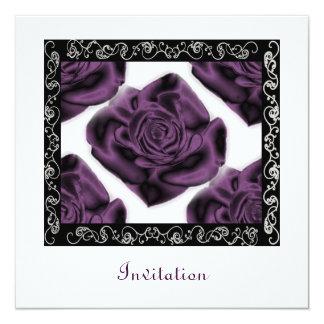 Invitación cuadrada de los rosas púrpuras