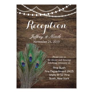 Invitación de boda de madera rústica del pavo real