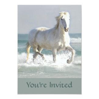 Invitación de la belleza del océano del caballo