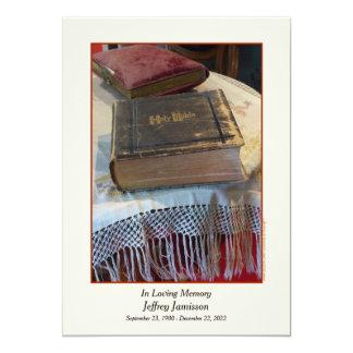 Invitación de la ceremonia conmemorativa, biblia