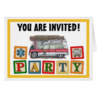 Invitación de la fiesta de cumpleaños de la ambula tarjeta de felicitación
