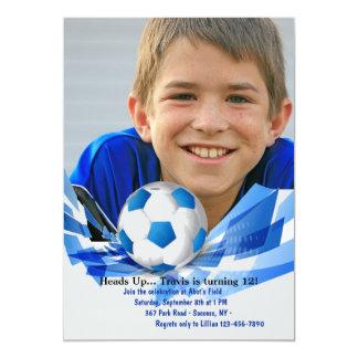 Invitación de la foto del balón de fútbol
