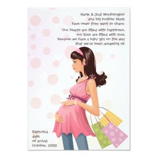 Invitación de maternidad del embarazo de la mamá