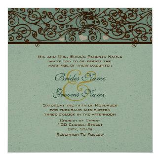 Invitación de oro del boda del trabajo del hierro