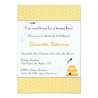 Invitación de zumbido del cumpleaños de las abejas