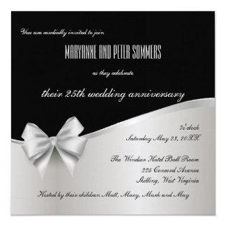 Invitación del aniversario de bodas de plata negra