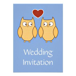 Invitación del boda con dos búhos y loveheart