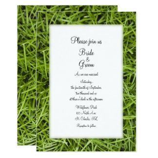 Invitación del boda del verano del patio trasero