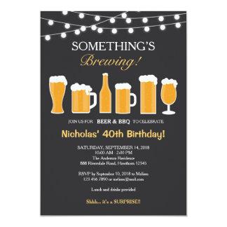 Invitación del cumpleaños de la cerveza,