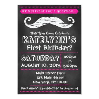 Invitación del cumpleaños del bigote de la pizarra invitación 12,7 x 17,8 cm