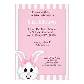Invitación del cumpleaños del conejo de conejito