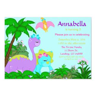 Invitación del cumpleaños del dinosaurio del chica
