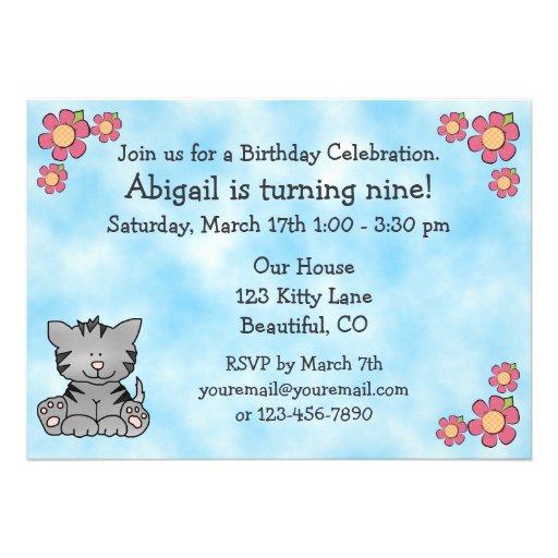 Invitación del cumpleaños del gato del gatito