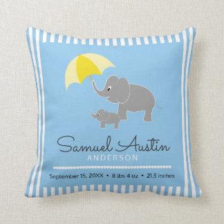 Invitación del elefante y del bebé y del bebé del cojín decorativo