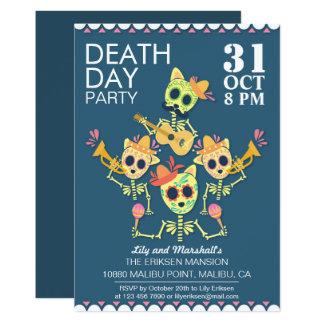 Invitación del fiesta de Halloween del día de la