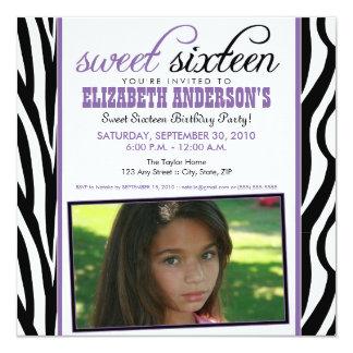 Invitación del fiesta del dulce 16 del estampado
