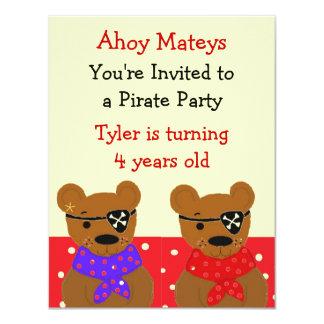 Invitación del fiesta del pirata de Teddybear