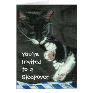 Invitación del fiesta del Sleepover del gato del