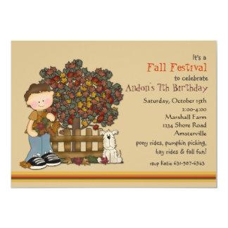 Invitación del muchacho y del perrito del otoño