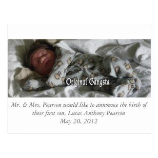 Invitación del nacimiento postal