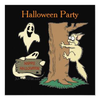 Invitación divertida de Halloween del gato y del