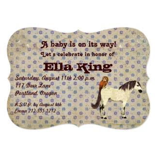 Invitación floral del bebé del caballo blanco y