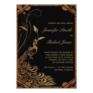 Invitación floral del boda del pavo real de bronce