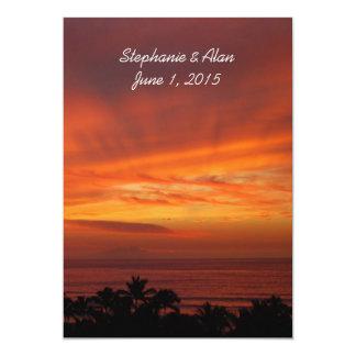 Invitación hawaiana ardiente del boda de la puesta invitación 12,7 x 17,8 cm