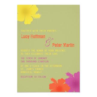 Invitación hawaiana colorida del boda del hibisco