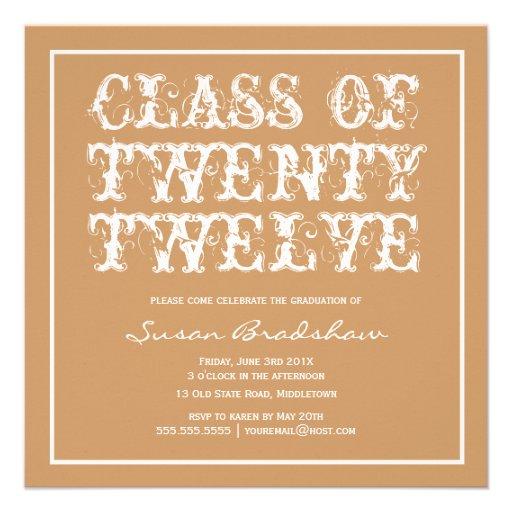 Invitación intrépida de la graduación de la tipogr
