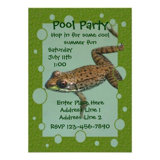 Invitación linda de la fiesta en la piscina de la