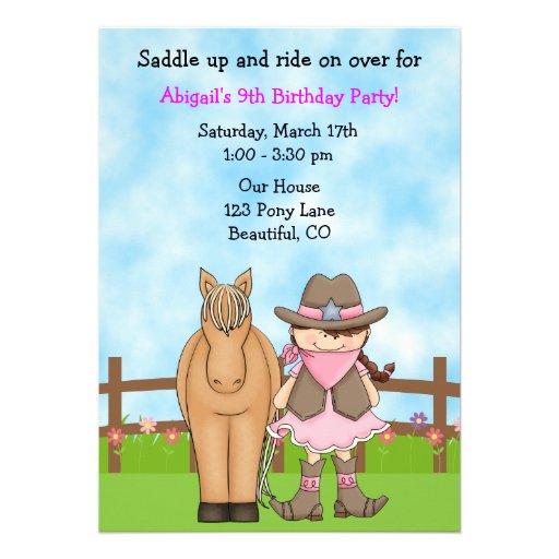 Invitación linda del cumpleaños de la vaquera y de