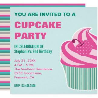 Invitación linda rosada de la fiesta de cumpleaños