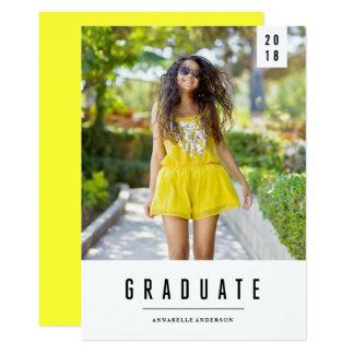 Invitación mínima de la foto de la graduación de